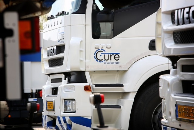 Cure garbage truck